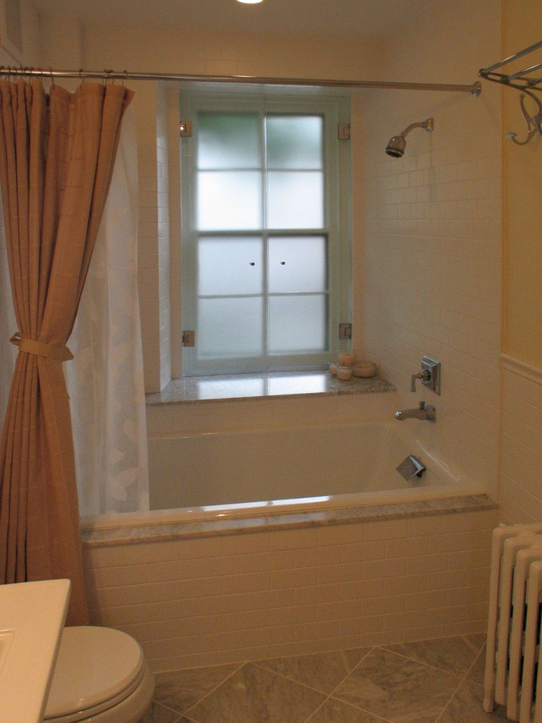Bathrooms-Tub